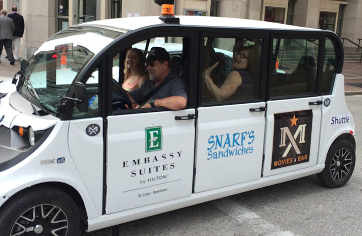 Free Electric Cabs Roll Out in Downtown