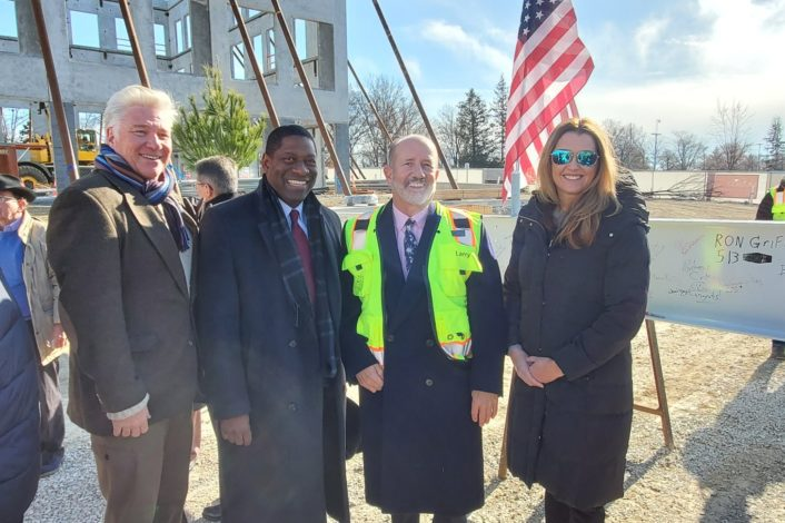Jason Archer, STL Partnership Vice President Business Development, STL Partnership CEO and President Rodney Crim, Larry Chapman, CEO of Seneca Commercial Real Estate and Michelle Stuckey, STL Partnership Vice President Business Development at the Topping Out Event for Benson Hill on Dec. 10th.